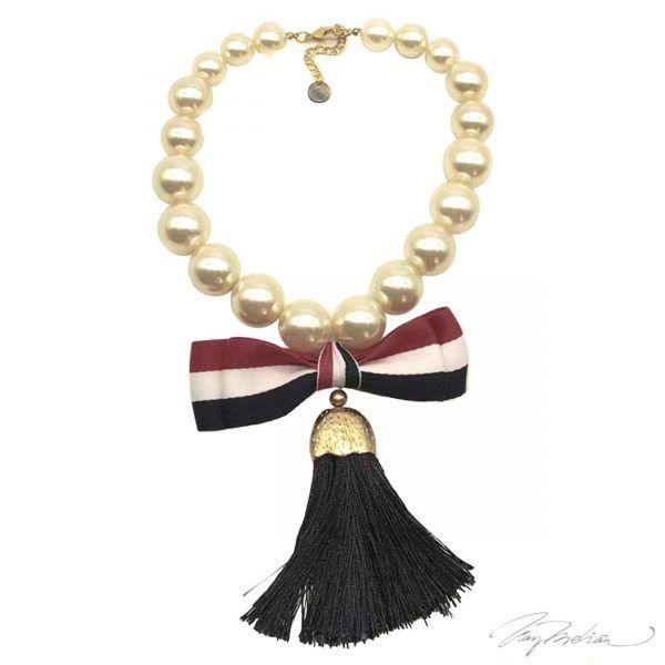 Collar Perlas y Lazo Colección Cervantes