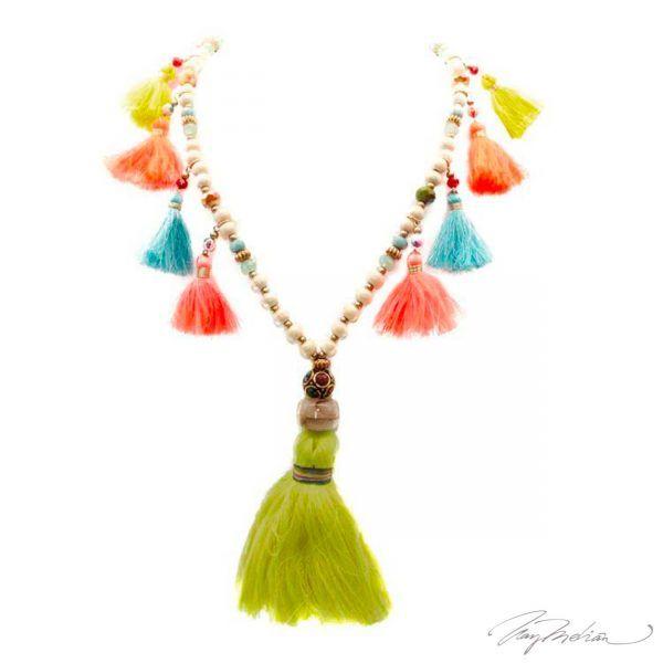 Collar Borlas en Colores Colección Cervantes